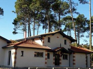 Villa Elisaia maison d hôtes avec 3 studios indépendants à Arès