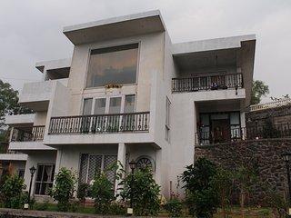 D B Villa 1