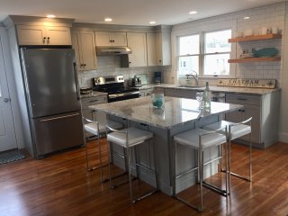 NEW TO RENTAL MARKET - South Chatham Village, walk/bike to beaches