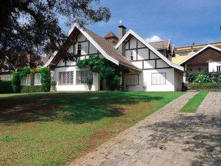 Casa Campos  Do  Jordao -Piscina  Aquecida e Sauna  Seca