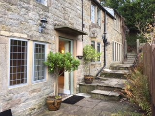 Rock View Cottage, Froggatt, near to Chatsworth and Bakewell