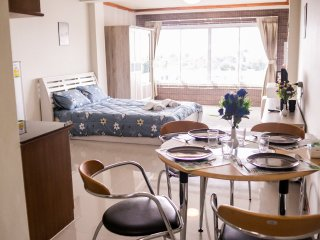 Nimman Road Condo Great mountain View 1 Bd/1Ba Near Doi Suthep