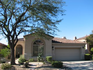 NEW LISTING - Beautiful home close to all Scottsdale Premier Events