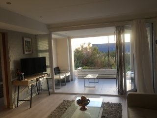 Franschhoek luxury self catering home (200m2) for you in beautiful surroundings
