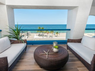 Recharge in this ultra luxury 2 Bedroom | 2 Bath seaside