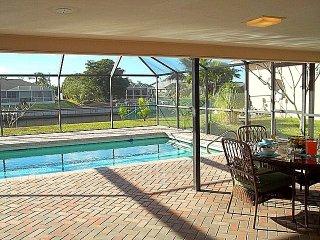 Villa Flannie - Beachy home, heated pool, Gulf Access, West exposure