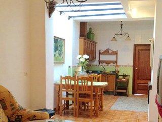 Acogedora casa con chimenea de leña