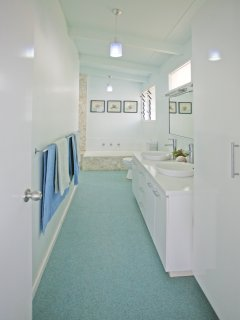 Master ensuite with bath and separate shower