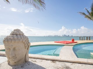 220 Feet of Waterfront Bliss. Downtown Sunset Views from the Pool and Jacuzzi!