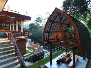 Little Ubud River View Seroja Villa 15 pax