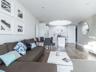 The Dublin City Centre Penthouse Suite by 5STARSTAY