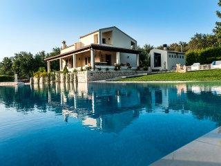 Villa Dora, Sicily