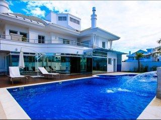 SC006- Villa in Praia Jurere