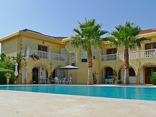 Kyrenia Zeytinlik Exclusive Secluded Villa With Magnificent Views & Pool