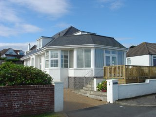 Bay Cliff, Holiday home with beautiful sea views