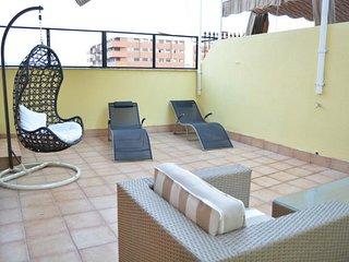 Spacious apt with terrace & Wifi