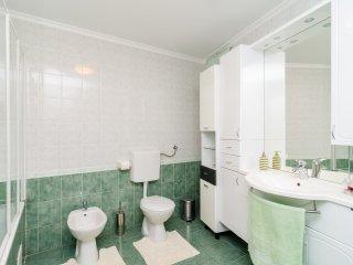 Villa MarAnte - Three Bedroom Villa with Swimming Pool