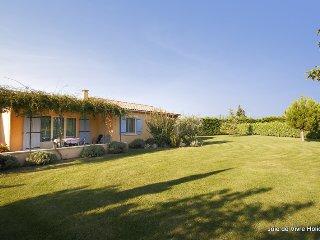 JDV Holidays - Villa St Eduoard, Provence