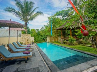 15% disc on Private Villa with Pool & breakfast