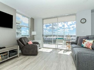 Stunning new listing! Just remodeled, 8th Floor, Gulf View, Walk to Beach