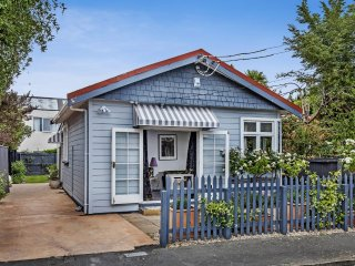 Central City - French Shabby Chic Cottage