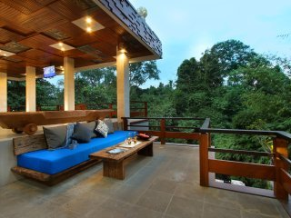 Little Ubud River View Saphire Suite - 5 pax