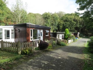 Caban Dyfi, 2 Bedroom Chalet, Sleeps up to 4 plus cot, Great Views, Pets Welcome
