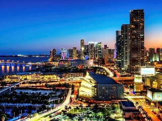 The Grand Miami - 2 Bed / 2 Bath - Free Parking - 19 Floor - Awesome Water Views