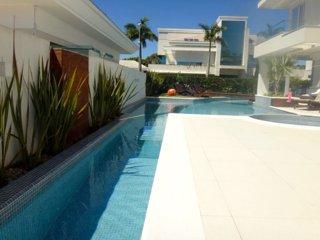 SC021- Villa in Jurere Internacional