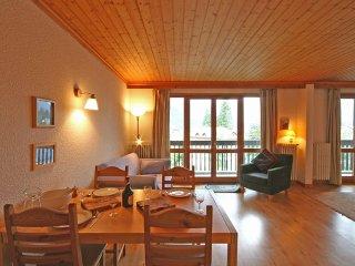 Les Periades - Central 2 Bedroom Apartment