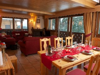 Luxurious Ski Chalet 5* with Jacuzzi ski out , in Les Gets Panoramic view