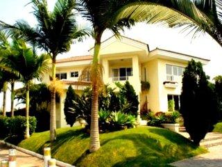 SC027- Villa in Jurere Internacional