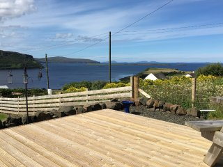 24 Lochbay, a spacious holiday home on the Waternish peninsula with sea views!