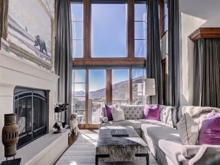 Exquisite 3Br Residence at the Ritz-Carlton with Valley View