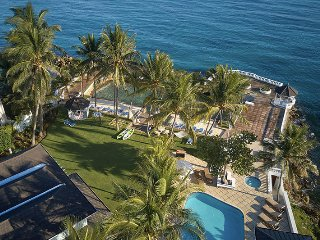 WATERFRONT VILLA! FAMILY REUNIONS! WEDDINGS!Coral Cay - Ocho Rios 12BR