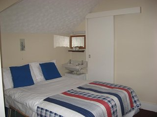 Eastbourne Reymar (Room 16)
