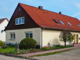 Apartment with one bedroom in Briggow, with furnished garden