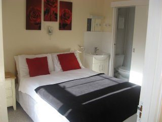 Eastbourne Reymar (Room 12)