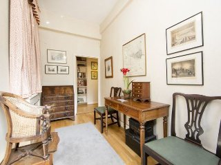 Quaint one bed chelsea flat just 5 minutes walk to Sloane Square