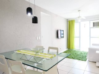 2 room Apt at Barra da Tijuca close to the beach!