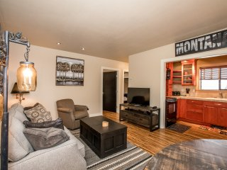 Sparkling Clean Downtown Whitefish 2 Bed/ 1 Bath