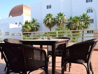 Apartamento 2 dormitorios, piscina, pista de pádel, a 100 m. de la playa