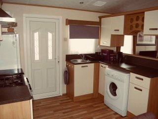 2 bed (sleeps 6) self catering van in Camber sands