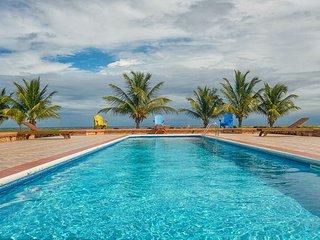 Seiri Del Mar, Seaside Luxury, Welcome to H4