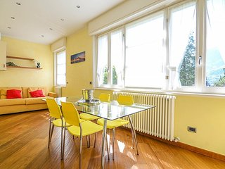 Bellagio Apartment Sleeps 4 with Air Con and WiFi - 5229217