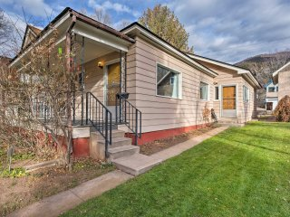 NEW! 3BR Glenwood Springs Home - Walk to Downtown!