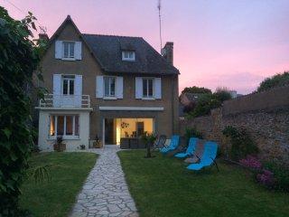 Belle villa dans quartier residentiel tres calme