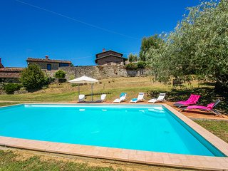 House with private pool outskirts of village, quiet street and panoramic views