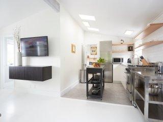 Summerland Holiday Apartment 27500