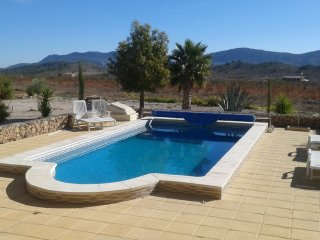 Villa for 4  private pool, tranquil surroundings